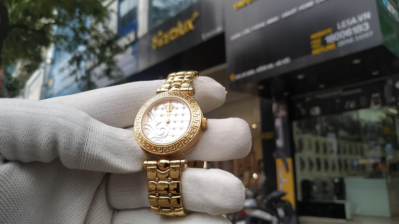 Mạ vàng cho đồng hồ Versace cũ với công nghệ mạ vàng cứng Pre Gold 18K độc quyền từ Karalux